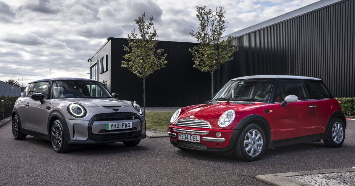MINI celebrates 20 years of production in Oxford, Swindon – over five million units produced since 2001